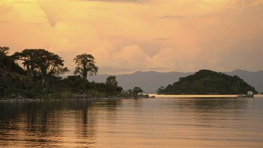 Sólarlag við Lake Malawi - KILROY