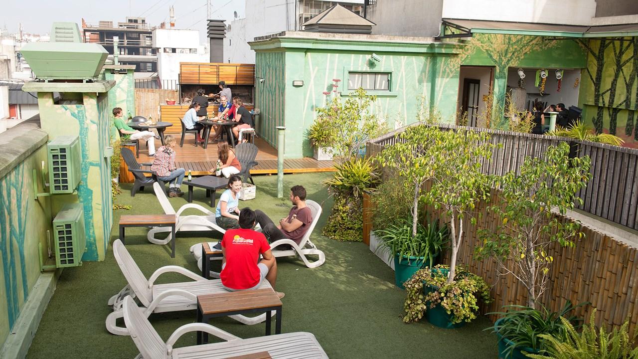 L r spansk i buenos aires med kilroy for Casa jardin hostel buenos aires